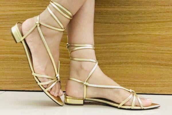 Sandális de amarração